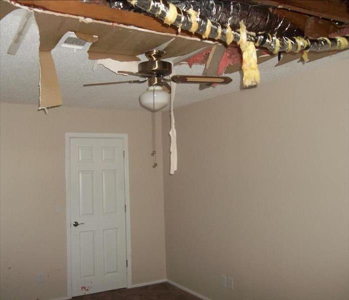 Water Damage in Norfork,AR Before