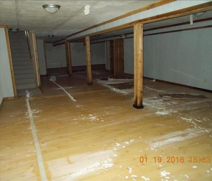 Large Lake Home with Frozen Pipes Before